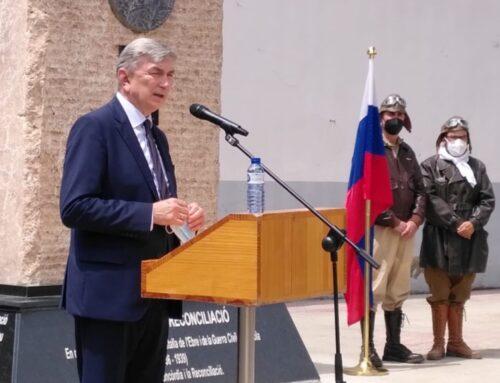 L'ambaixador rus visita el Centre d'Estudis de la Batalla de l'Ebre a Gandesa