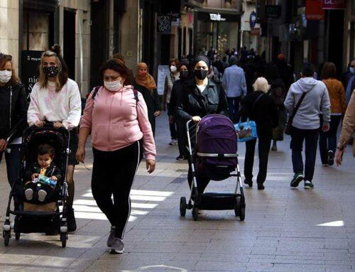 La mascareta deixarà de ser obligatòria a l'exterior el 26 de juny segons ha aprovat el Consell de Ministres