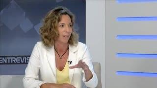 L'Entrevista a Àngels Chacón