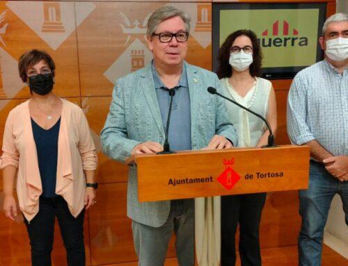 Esquerra Tortosa titlla de caduc un model de Festa Major que 'afavoreix les botellades' i l'alcaldessa respon