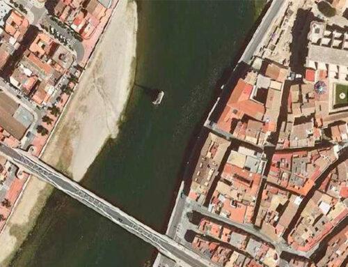 Territori aprova que la pilastra del monument franquista de Tortosa s'usi per a una nova passera sobre l'Ebre