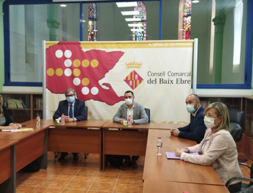 El director general de Polítiques LGBTI+, Xavier Florensa, visita la xarxa SAI de les Terres de l'Ebre